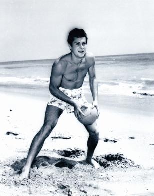 bw-tc-beach-ball