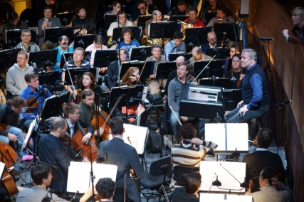 mar-press-still-10-gergiev-with-orchestra